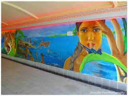 in my opinion the best street art attempts to comment on current social political or cultural subject matter or it tries to become a part of the landscape  on wall mural artist singapore with jennifer teo s that s life photographic blog jennifer teo photography