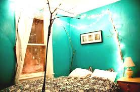 fun ways to decorate your room for