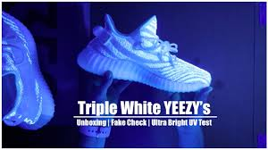 Cream White Yeezy Black Light Cream Yeezy Boost 350 V2 Uv Test
