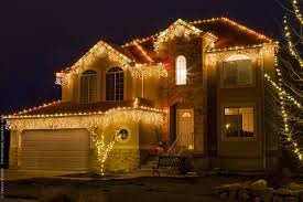 White Or Colored Christmas Lights On House Outdoor Christmas Lights Ideas For The Roof Outdoor