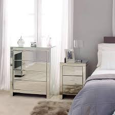 Mirrored Furniture In Bedroom Glass Mirrored Bedroom Furniture