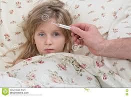 Vater Misst Die Temperatur Ihre Tochter Stockbild Bild Von