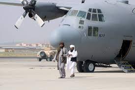 قائمة تفصيلية بأسلحة تركتها الولايات المتحدة وراءها في أفغانستان - RT Arabic