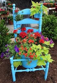 creative container gardening sand and