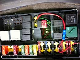 drl sidelights stay on with headlight electrical (focus mk1 ford focus fuse box mk1 fusebox jpg now on 2000 focus mk1