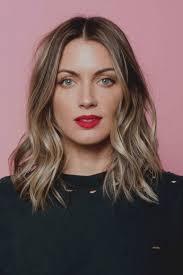 Galerie De Coupe Cheveux Ondules Mi Long Femme Boucles Longs