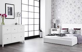 White Bedroom Furniture - Bedroom with white furniture