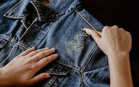 how to distress denim jacket boxcutter