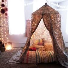 25 Dreamy DIY Canopy Beds to Transform Your Bedrooms with Liveliness