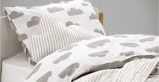 iso a reversible cotton bed set in cloud grey and white