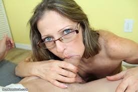 Older moms giving blowjobs