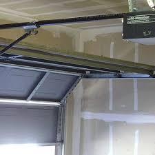 garage door injuries