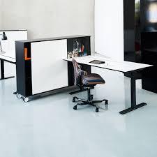 ... Q20 Adjustable Desk ...