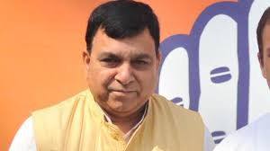 Lok Sabha Elections 2019 Former Mp Of Himachal Suresh Chandel Quits