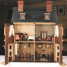 Big Worlds In Small Scales A Dolls House Exhibition In Turkey By - Dolls house interior