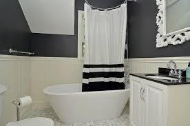 Black And White Bathroom modern-bathroom