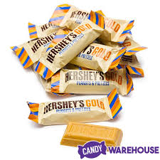 hershey 39 s gold with peanuts and pretzels snack size candy bars 45