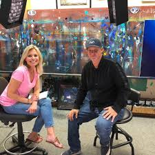 Wyland - Tracy Smith, news corespondent for CBS News... | Facebook