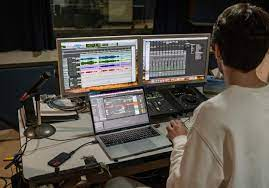 Patrick Middleton - Electronic Pop Music Producer - Perth WA   SoundBetter