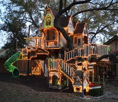 kids tree house.  Tree A Magical Tree House Lights Up For Christmas Eclectickids And Kids
