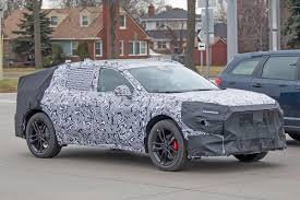 Jene baureihe, die unter dem namen fusion in den usa vertrieben und zuletzt im sommer 2020 eingestellt wurde. 2022 Ford Fusion Evos Spied With Crosswagon Styling Cues Autoevolution