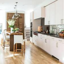 White kitchen light wood floor Gloss Kitchens With Light Wood Floors Antiqued Marble White Kitchen Light Hardwood Floors Tasasylumorg Kitchens With Light Wood Floors Antiqued Marble White Kitchen Light