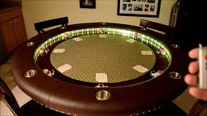 fine 60 round tables seat how many people for table