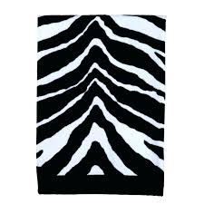 white bath rug black