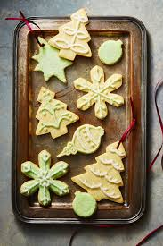 See more ideas about christmas cookies, christmas cookies decorated, cookie decorating. 49 Christmas Cookie Decorating Ideas 2020 How To Decorate Christmas Cookies