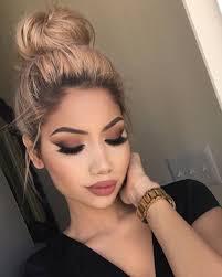 dramatic smokey makeup everyday look