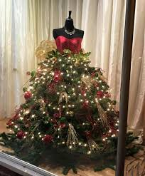 Christmas tree maniquin