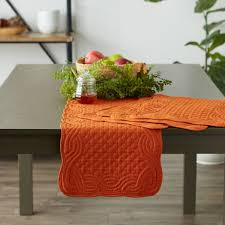 pumpkin spice quilted farmhouse table