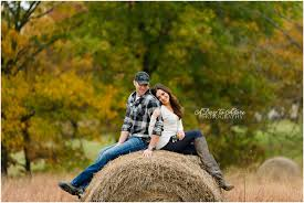 lexy travis autumn engagement session in the country kansas
