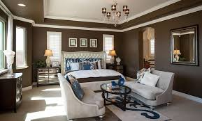 Attractive 10 Paint Color Options Suitable For The Master Bedroom