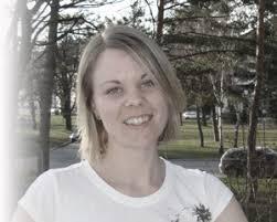 ABOUT ELISABETH KÖBERL. 1981 in Güssing geboren und in Pinkafeld aufgewachsen; 2000 Abschluss der Mittelschulausbildung mit Matura am Evangelischen ... - about