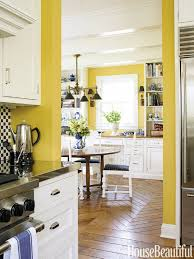 Image Light Yellow House Beautiful 10 Yellow Kitchens Decor Ideas Kitchens With Yellow Walls