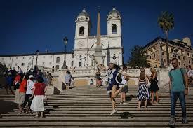Risultati immagini per FOREIGN TOURIST BOOM FOR ITALY