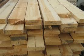 đồng hành cùng hàng loạt các loại pallet trên là một số loại pallet có kích thước khác nhau nữa mà chúng tôi giới thiệu đó là những dòng pallet thường có những kích thước khác như 1100 x 1100x120, hoặc 900x1100x130 (mm)…, một đặc điểm dễ nhận biêt loại pallet này là: 1) thường là sử dụng dầm, chứ không phải cục, 2 là có một số kích cỡ về nan là không đồng đều, 3 là vật liệu gỗ là gỗ tạp chứ không phải gỗ thông hay gỗ keo như một số sản phẩm cùng loại