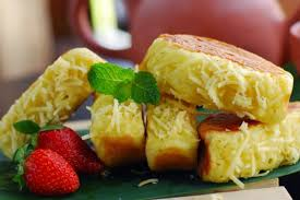 Tuang margarin yang sudah dicairkan. 5 Resep Kue Khas Indonesia Yang Sederhana Bisa Jadi Ide Bisnis Juga