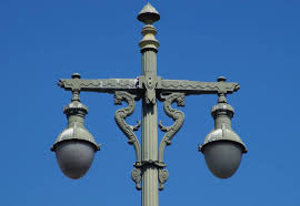 Los Angeles Isnt Known For Its Streetlights It Should Be Curbed La