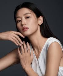 Stonehenge was created in 1972 specifically as a 100% cotton deckled paper for the printmaking this versatility, combined with its affordability, has helped stonehenge become our most popular. Jun Ji Hyun Showed Her Elegance And Sexiness In New Stonehenge Jewelry Fall Pictorial Sassy Girl Jun Ji Hyun