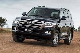2018 toyota landcruiser sahara. The First Will Be Able To Evaluate New 20182019 Toyota Land Cruiser 200 Motorists In Japan SUV Is Already Available For Sale At Price Of 2018 Landcruiser Sahara S
