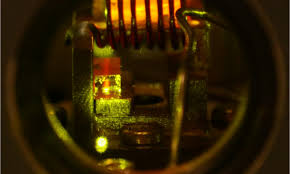 quantum lighting photography. a network of crystals for long-distance quantum communication lighting photography f