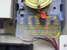 "changing out a pool time clock cando pools inc but the wiring diagram is pretty straightforward if your meter reads anything above ""0"" your timer is still hot and you need to continue turning off"