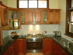 small u shaped kitchen design:  small u shaped kitchen design photo