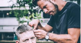 Meet Josh Coombes, the guy cutting the hair of the homeless ...