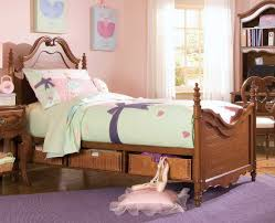 Maple Bedroom Furniture Solid Maple Bedroom Furniture