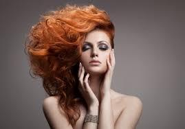 アパレル業界の面接対策髪型と髪色前髪ロングヘアーパーマ