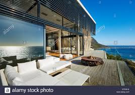 modern luxury beach house patio with sunny ocean view modern interior71 interior