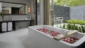 luxury modern hotel bathrooms. Plain Bathrooms Luxury Modern Hotel Bathrooms Uncategorized  With Exquisite Master Small To Luxury Modern Hotel Bathrooms E